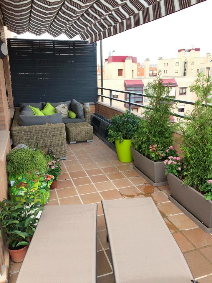 Decorar terraza atico economico simple bancos de madera en terraza with decorar terraza atico - Decorar terrazas aticos ...